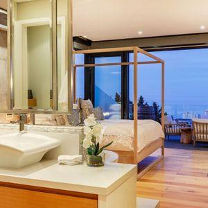 Open-plan Master bedroom; 129 OCEAN VIEW PENTHOUSE - Green Point