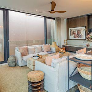 Lounge; 53 Napier - De Waterkant