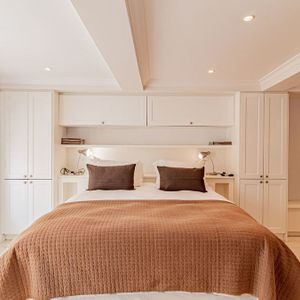 Fourth room; SELBOURNE - Sea Point