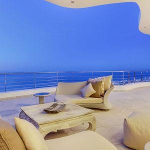 Balcony; LE GRANDE - Bantry Bay