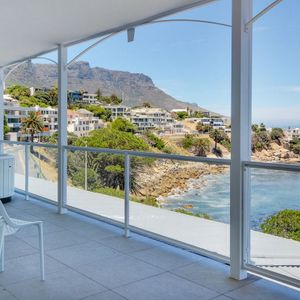Balcony & View; NELSON'S HOME - Camps Bay