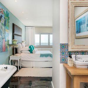 Master bedroom en-suite: BONDI BLU - Mouille Point