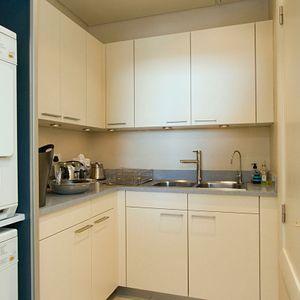 Kitchen; PEMBROKE LUXURY - V&A Waterfront Marina