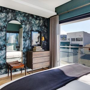 Master bedroom; DANBURY ON LOOP -Cape Town