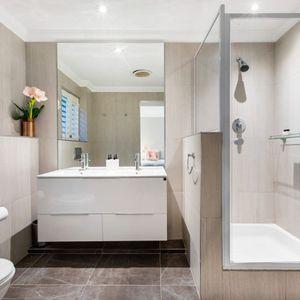 Bathroom; MEDBURN ALCOVE - Camps Bay