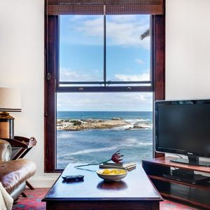 ; TERRACE LODGE - Camps Bay