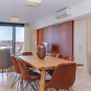 Dining table; 507 CANAL QUAYS - Foreshore