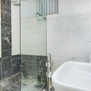 En-suite to master; CLIFTON VIEWS - Clifton