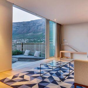 Master bedroom lounge area; 2 on HILDENE - Tamboerskloof