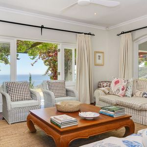 Living area & View; OVERGLEN - Camps Bay