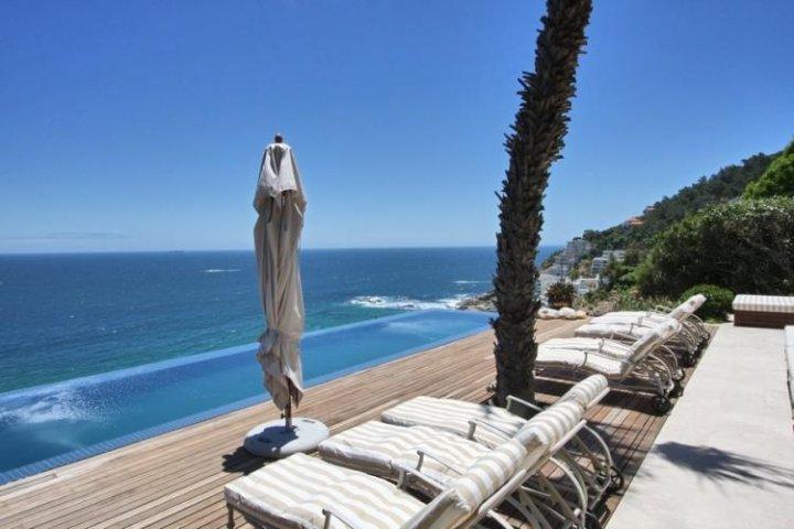 Clifton Luxury Views