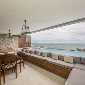 Outdoor seating; VICTORIA APARTMENT - Camps Bay