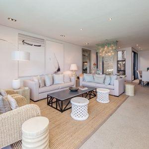 Living area; LOADER VILLA - De Waterkant