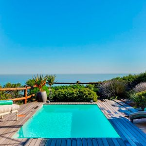 Swimming pool & view; ST TROPEZ APARTMENT - Camps Bay