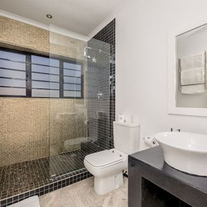 En-suite to fourth bedroom; SUNSET BLISS - Camps Bay