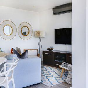 Patio to Lounge; SELENE MOON - Camps Bay