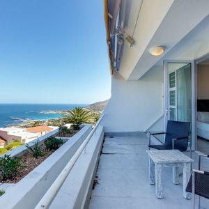 Sea views from balcony; CAMPS BAY DRIFT - Camps Bay