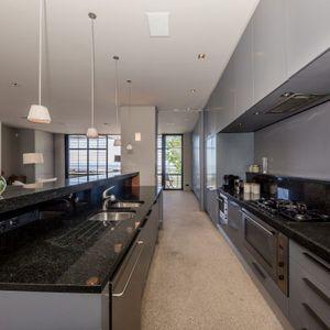 Upstairs kitchen; LOADER VILLA - De Waterkant