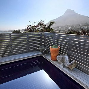 Pool & mountain view; GENEVA TOP - Camps Bay