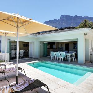 ; PRIDE VILLA - Camps Bay