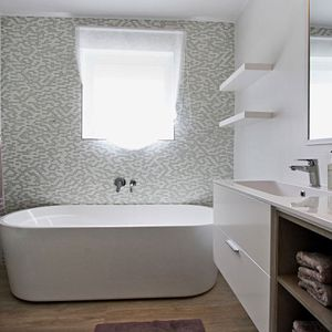 En-suite to master bedroom; DUNMORE BLU - Clifton