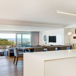 Open plan living; CORAL VIEW - Camps Bay