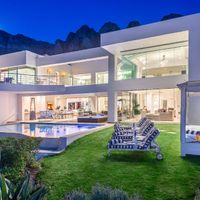 Fulham Mansion in Camps Bay accommodation