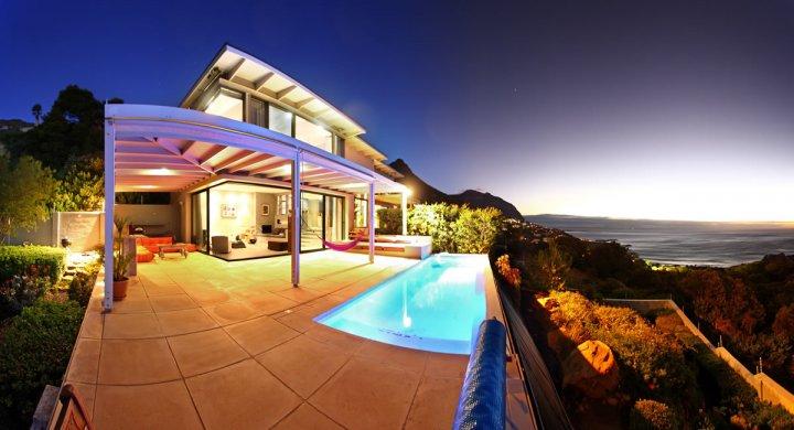 Llandudno Glow Villa