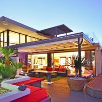 Majestic Penthouse in Green Point accommodation